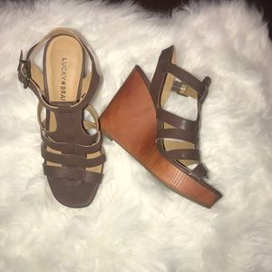 Lucky Brand Brown Wedge Sandals Size 8.5